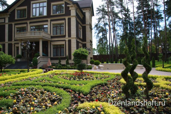 landscaping-design-viakom-82EFCF746-641B-4E03-BAD0-7646D5F78F96.jpg